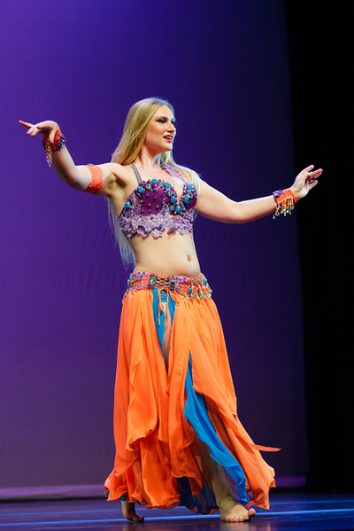 Bellydancer Ava performing to Dr. Samy Farag Seattle WA