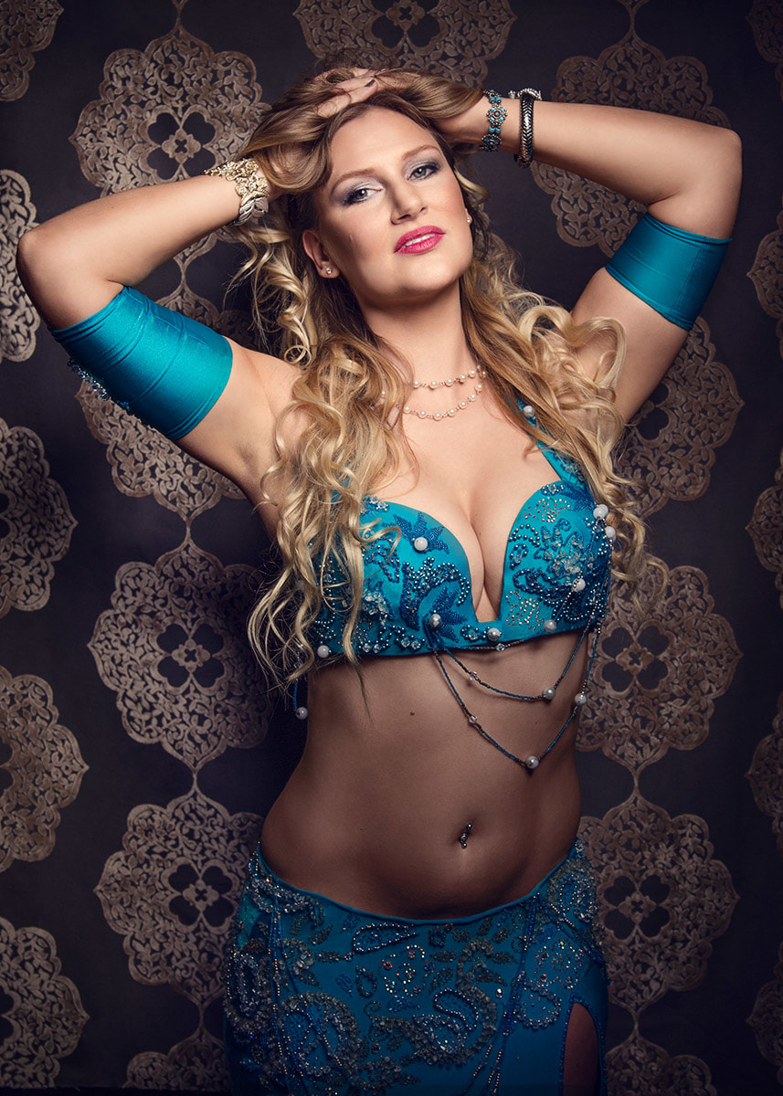 Professional Seattle bellydancer for hire Ava biography photo. www.avaraqs.com #avaraqs #bellydance